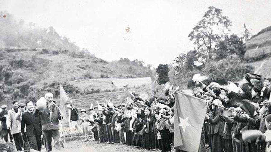 Hồ Chí Minh - người làm thay đổi số phận của dân tộc