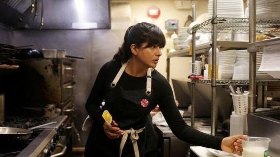 Nhà hàng ở Mỹ tăng lương gấp đôi để chiêu mộ nhân viên