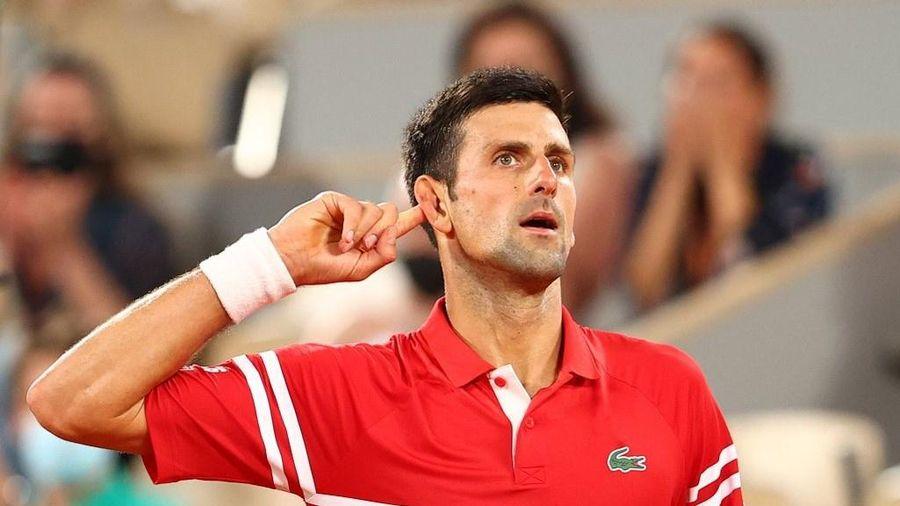 Djokovic đánh bại Nadal để trở thành số một