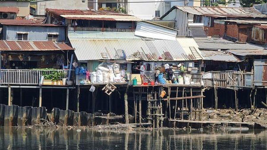 TP Hồ Chí Minh: Xử lý nghiêm công trình không phép, trái phép ven sông, kênh rạch