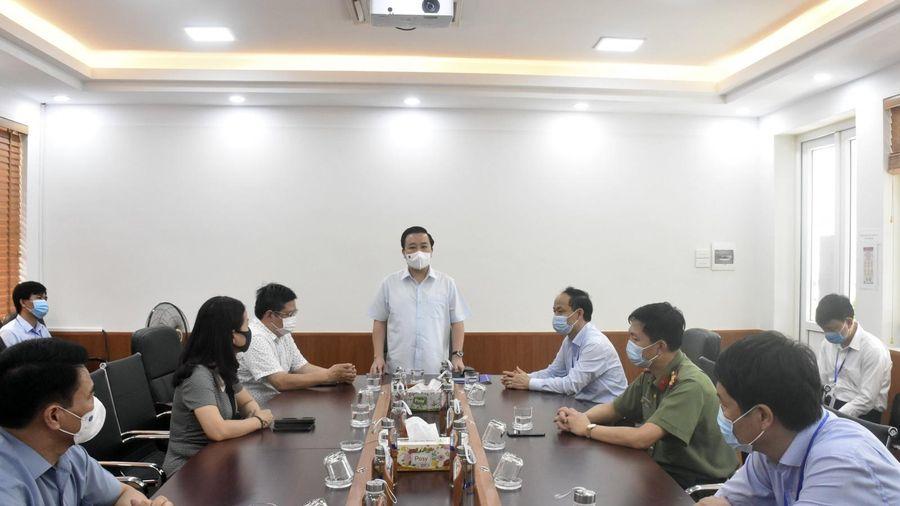 Hà Nội: Các điểm thi chủ động ứng phó thời tiết, đảm bảo sức khỏe cho HS