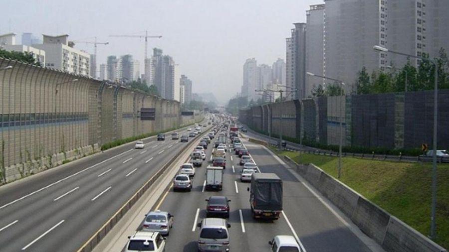 Nhà nước đền bù mặt bằng, tư nhân vận hành đường cao tốc