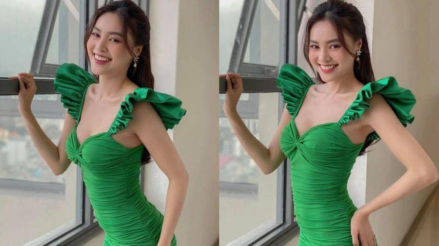 Ninh Dương Lan Ngọc diện đầm xanh mát mắt tiện công khoe khéo body vạn người mê
