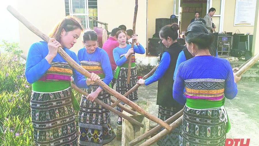 Đặc sắc làn điệu khua luống của đồng bào dân tộc Thái ở Quan Sơn