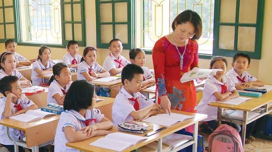 Đẩy mạnh khuyến học, khuyến tài, xây dựng xã hội học tập