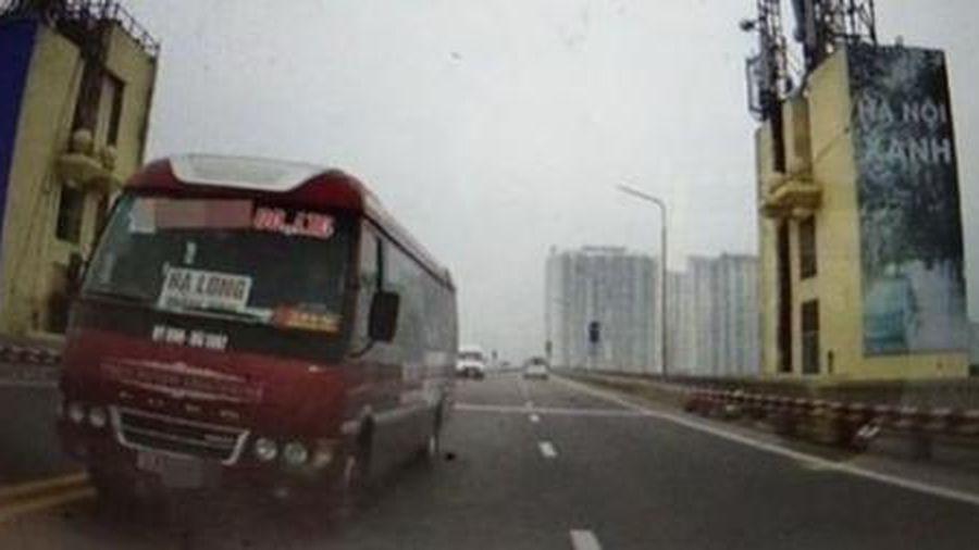 Xử phạt lái xe khách đi ngược chiều trên cầu Thăng Long