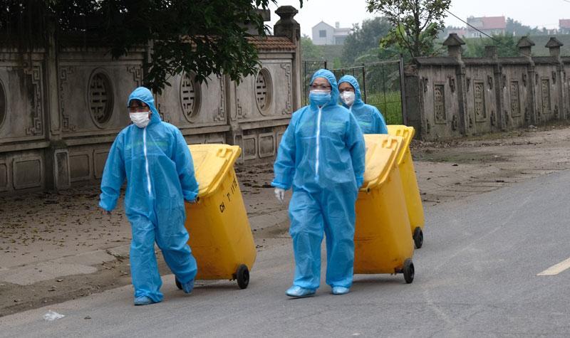 Hà Nội tăng cường quản lý chất thải phát sinh tại khu cách ly y tế