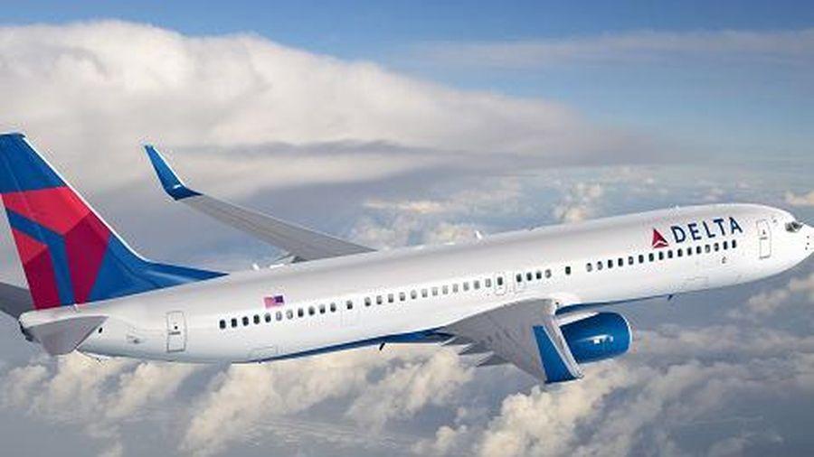 Hành khách Mỹ tấn công tiếp viên, đe dọa 'hạ máy bay'