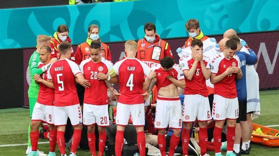 Bình luận: Điều kỳ diệu khi cả gia đình bóng đá chiến thắng thần chết
