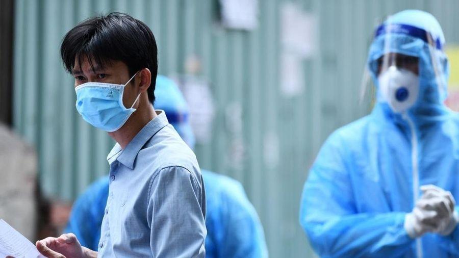 Vợ và 2 con của một nhân viên BV Bệnh Nhiệt đới TP.HCM nhiễm nCoV