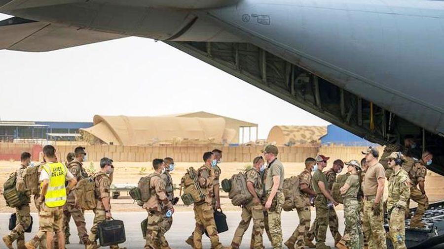 Pháp khẳng định tiếp tục sự hiện diện tại Xa-hen
