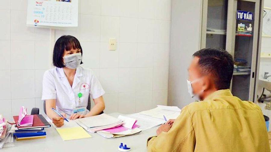 Khống chế và đẩy lùi đại dịch HIV/AIDS