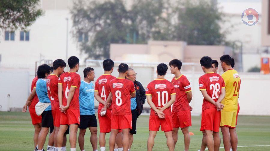 Đội tuyển Việt Nam trở lại sân tập, chuẩn bị cho cuộc đối đầu UAE
