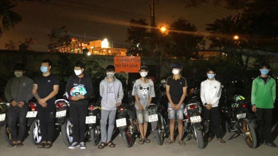 Bắt nhóm thanh niên đua xe trái phép trên Quốc lộ 1A