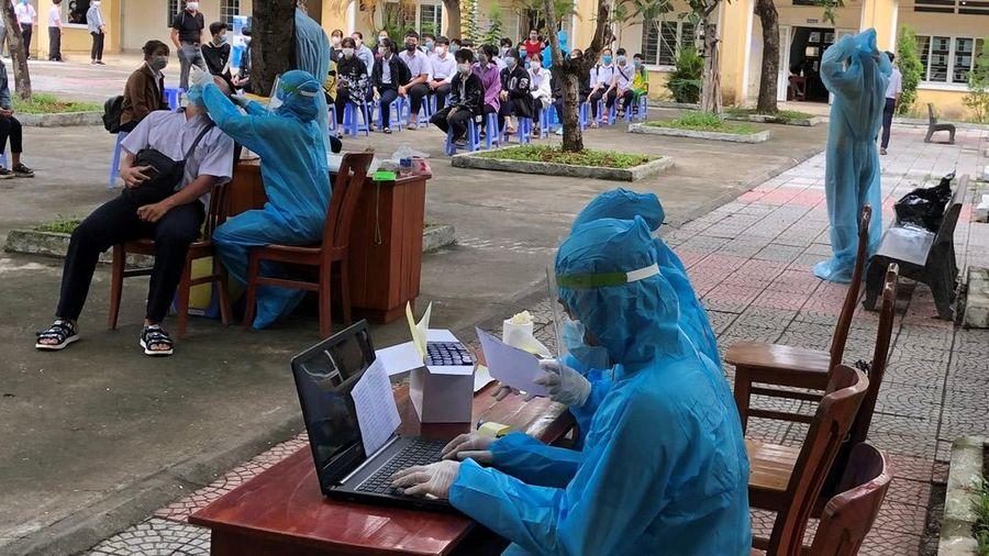 Hơn 13.000 thí sinh dự thi vào lớp 10 đã được lấy mẫu xét nghiệm SARS CoV-2