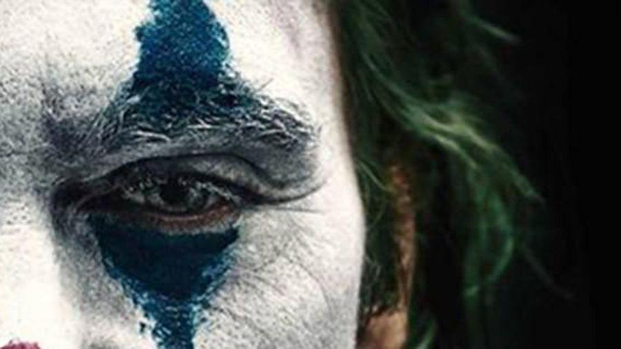 Những đứa trẻ dưới lớp mặt nạ Joker