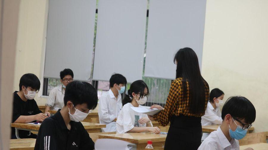 Dự đoán phổ điểm môn Toán vào lớp 10 Hà Nội ở mức 7-8 điểm