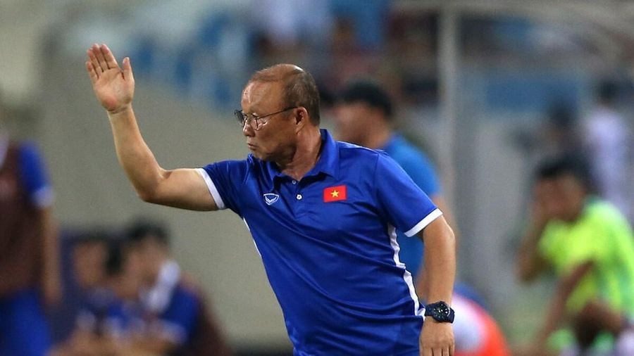Tin cực vui cho thầy Park: Tại sao Việt Nam nếu thua UAE cũng rộng cửa đi tiếp?