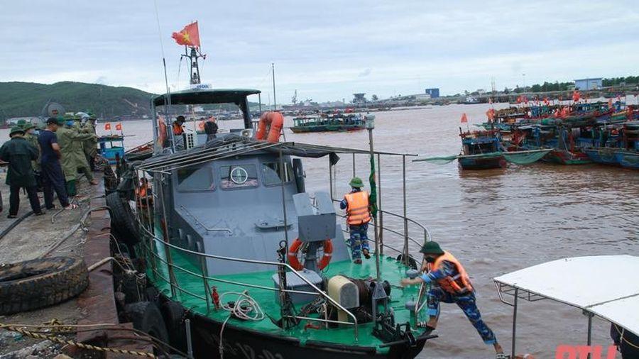Tích cực tìm kiếm ngư dân trôi dạt trên biển