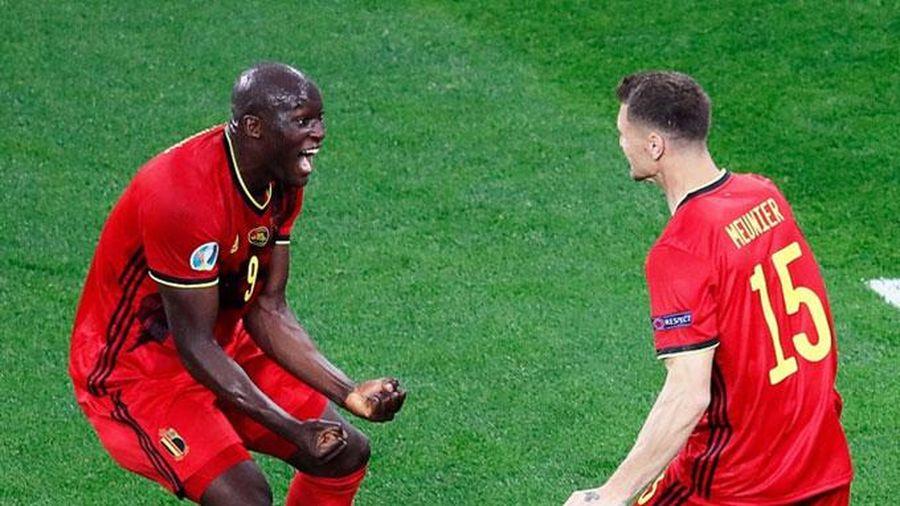 Đội tuyển Bỉ phô diễn sức mạnh