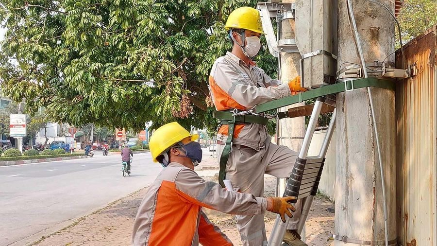 PC Lào Cai: đảm bảo quyền lợi khách hàng trong mùa nắng nóng