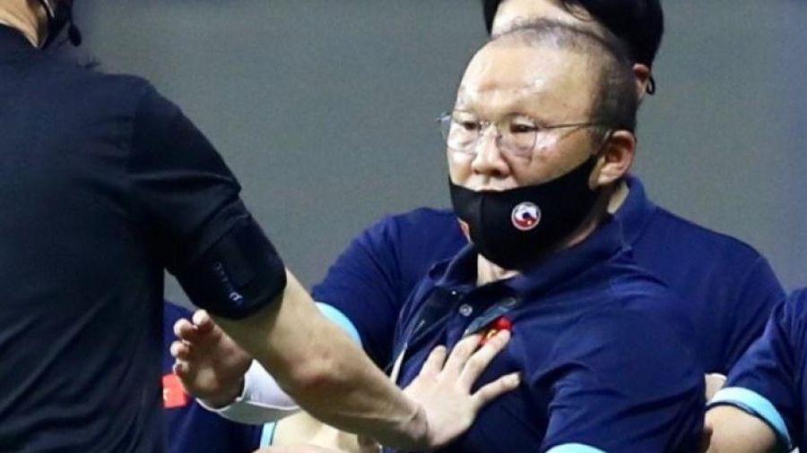 HLV Park Hang-seo sẽ không được liên lạc với đội tuyển Việt Nam trong trận đấu với UAE