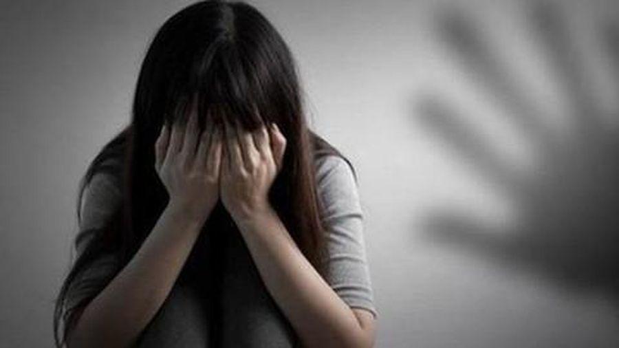Thanh niên 20 tuổi có 2 tiền án, nhiều lần giao cấu với bé gái 14 tuổi