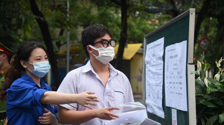 Đề thi Lịch sử vào lớp 10 ở Hà Nội