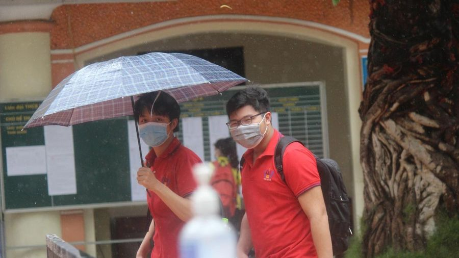 Đề thi Lịch sử vào lớp 10 tại Hà Nội vừa sức với học sinh