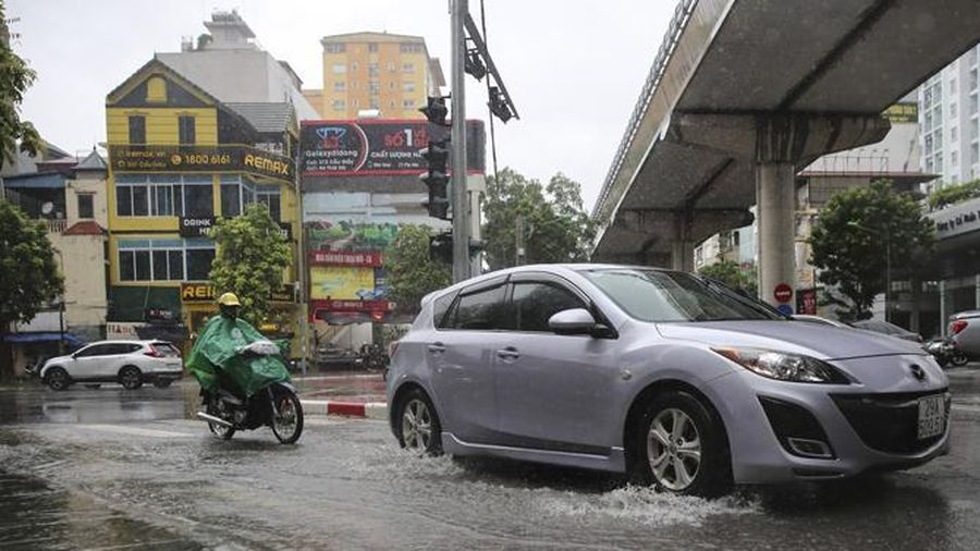 Đồng bằng Bắc Bộ có mưa to và gió mạnh do ảnh hưởng của bão số 2