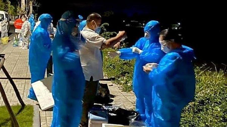 Hà Tĩnh: Phát hiện 5 người trong 1 gia đình ở thị trấn Thạch Hà dương tính với SARS-CoV-2
