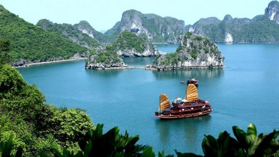 Pháp viện trợ 1,2 triệu Euro hỗ trợ quản lý vịnh Hạ Long phát triển bền vững
