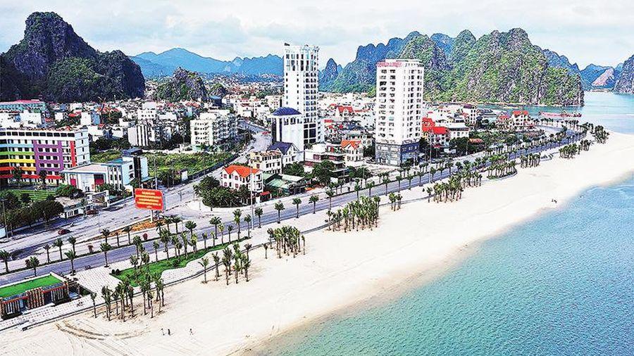 Quảng Ninh khởi động lại du lịch nội tỉnh