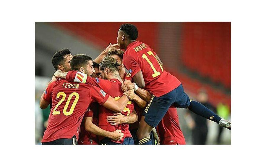 Lợi thế cho chủ nhà Tây Ban Nha