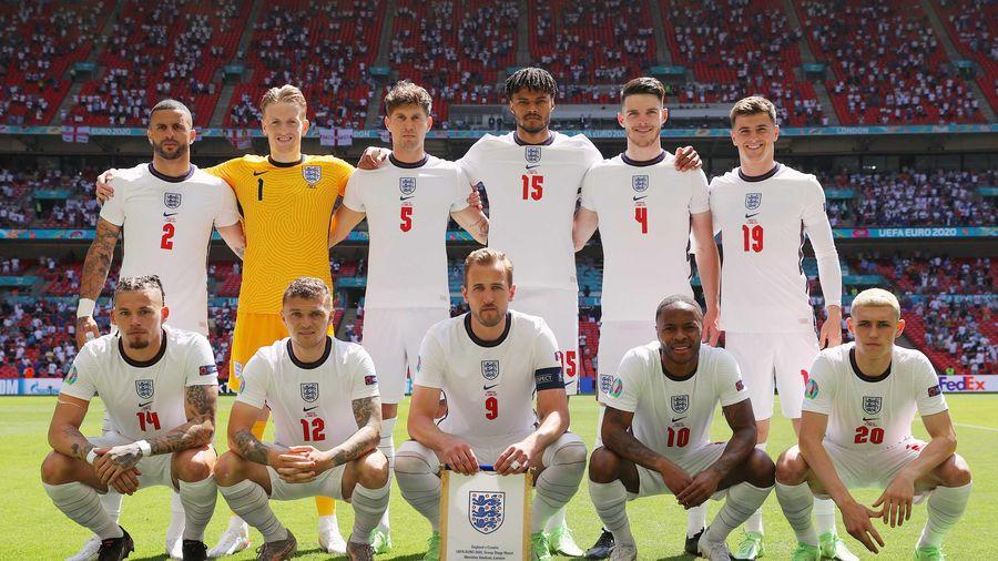 Lần này, tuyển Anh đang đưa bóng đá về nhà