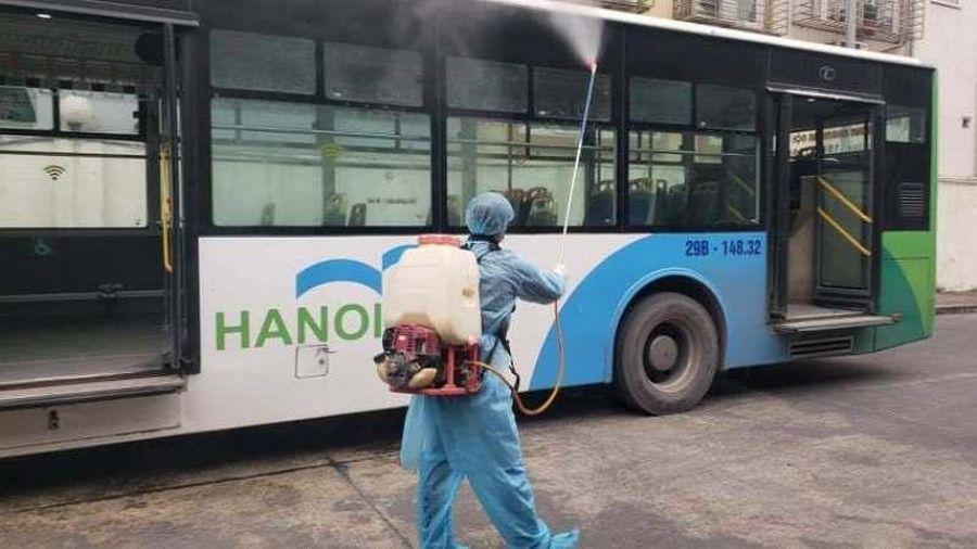 Hà Nội bố trí 20 xe buýt đón 286 người từ Bắc Giang về