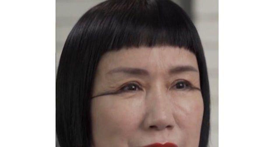 Kỳ lạ bộ lông mi dài nhất thế giới, có thể tết như bím tóc