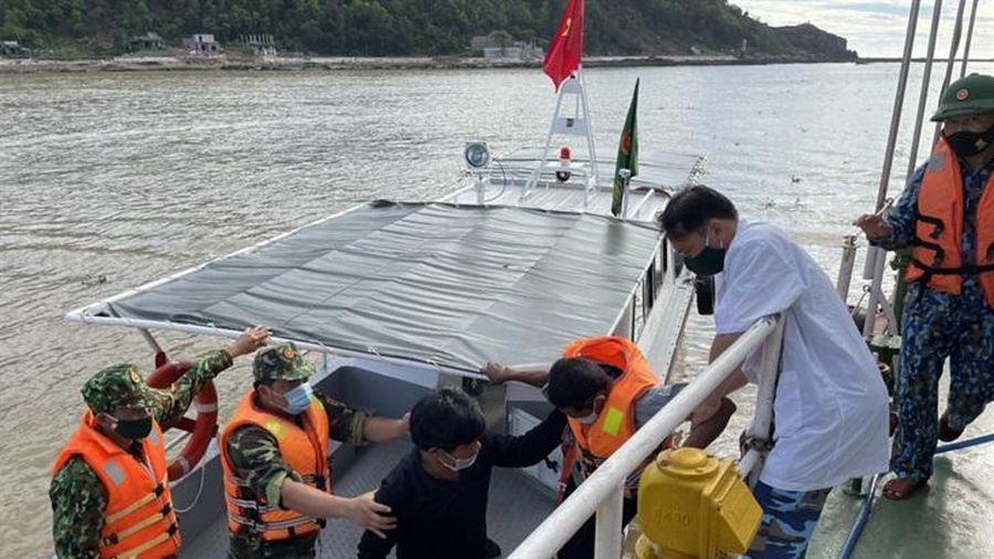 Tìm thấy 1 trong 2 ngư dân Thanh Hóa mất tích sau bão số 2