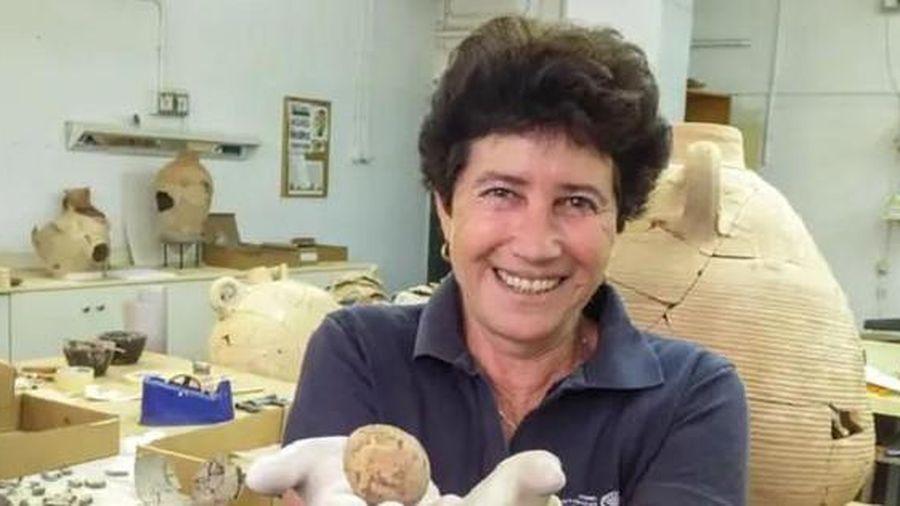 Tìm thấy quả trứng 1.000 năm tuổi không thối hỏng trong bể phốt và cái kết đầy trớ trêu