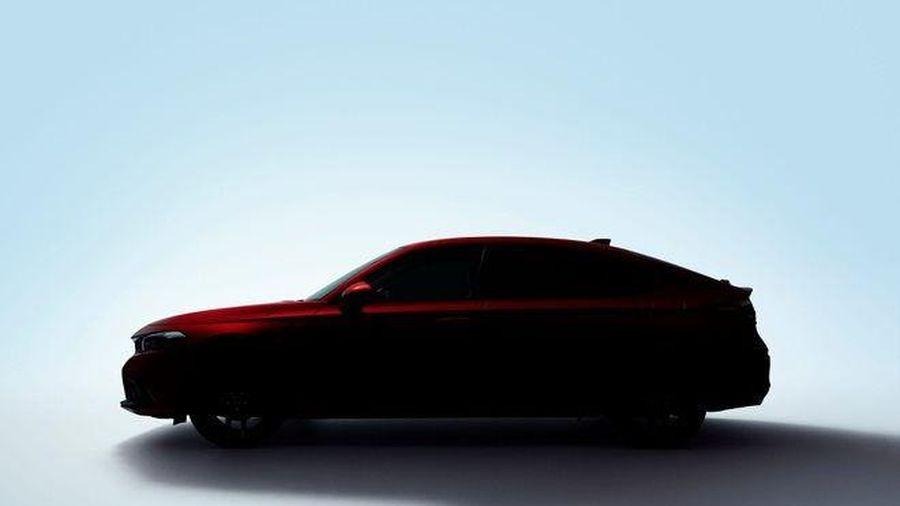 Honda Civic 2022 hatchback lộ diện trước ngày ra mắt