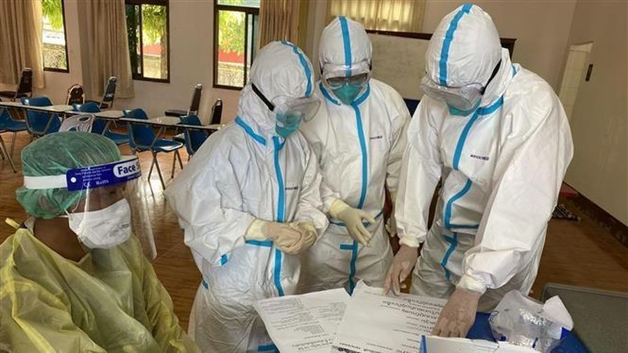 Tổng số ca mắc COVID-19 tại Lào đã vượt 2.000 người