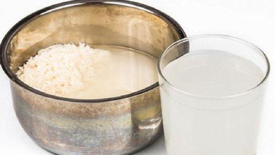 Bật mí cho nàng cách làm trắng răng hết hôi miệng bằng công thức từ nước vo gạo