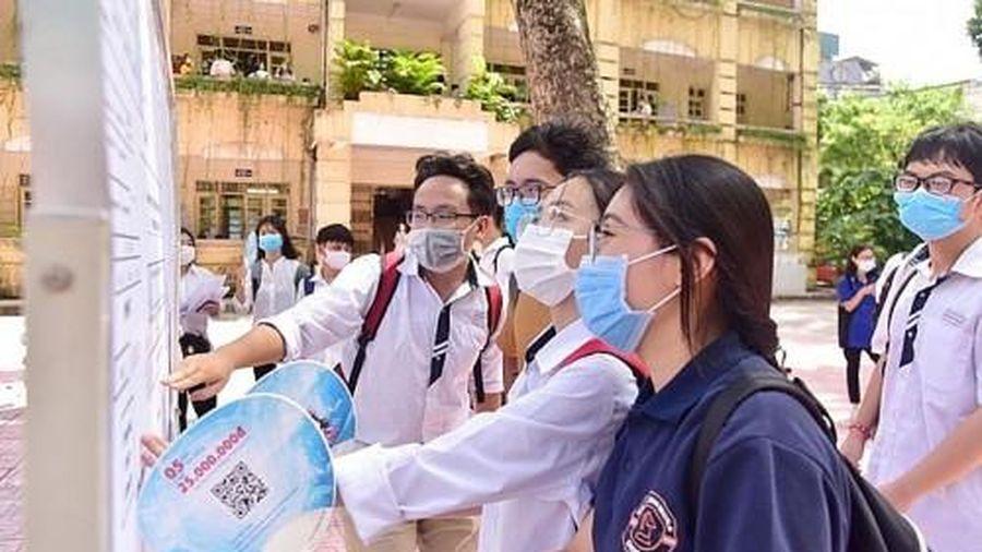 Thi lớp 10 THPT ở Hà Nội: Dự báo điểm chuẩn sẽ tăng?
