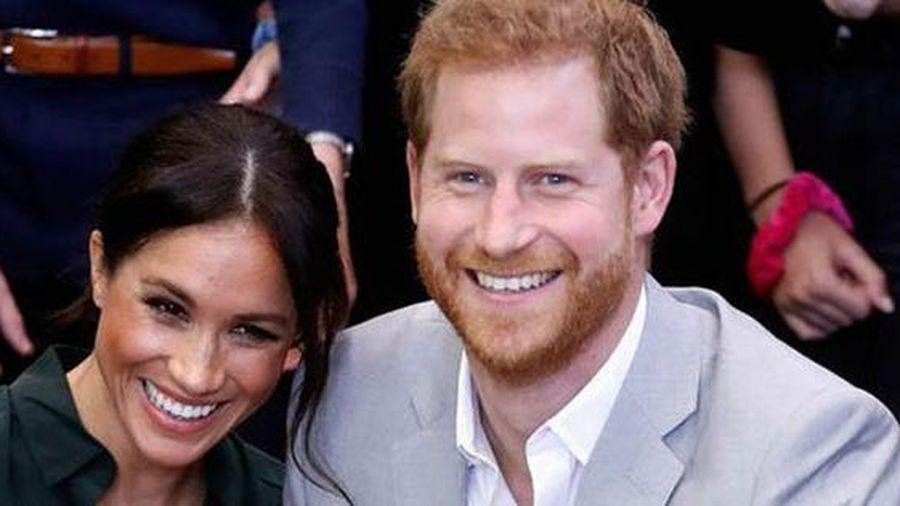'Harry gửi tin nhắn cho Kate sau khi Lilibet chào đời'