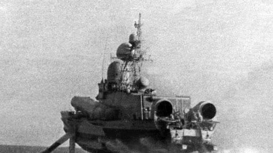 Báo Mỹ kinh ngạc trước 'cơn bão tên lửa' của Hải quân Liên Xô
