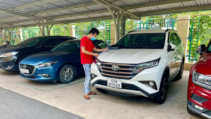 Doanh nghiệp vận tải cho thuê xe tự lái lo phá sản vì dịch