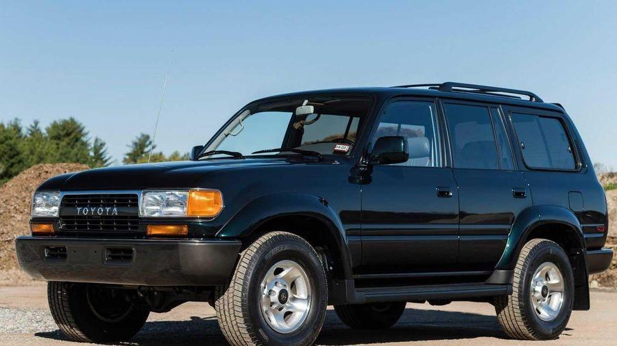 Chiếc Toyota Land Cruiser đời 1994 vẫn có giá ngang Mercedes G-Class