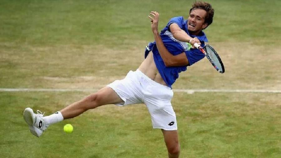 Medvedev thua sốc Lennard Struff ngay vòng 1 Halle Open