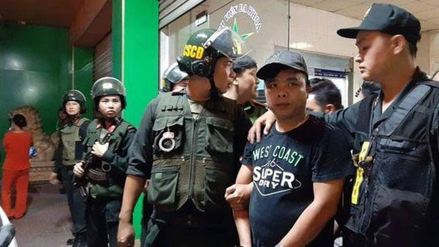 Đang xét xử Toàn 'đen' - giang hồ cộm cán ở Biên Hòa