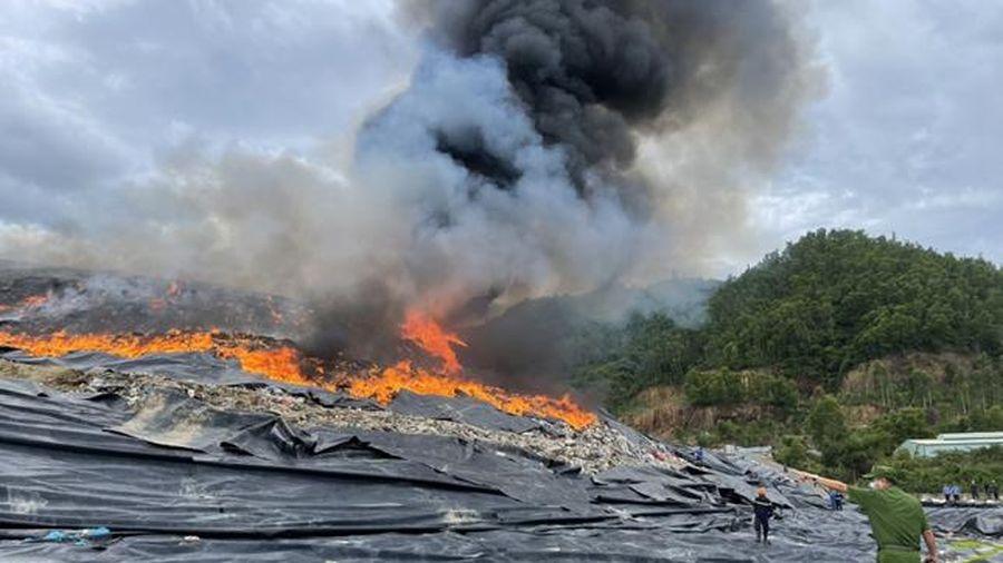 Làm rõ nguyên nhân cháy Bãi rác Khánh Sơn
